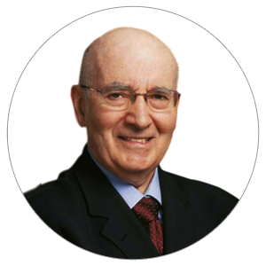 O professor universitário e autor de diversos livros da área do Marketing, Philip Kotler, é considerado o pai do Marketing.